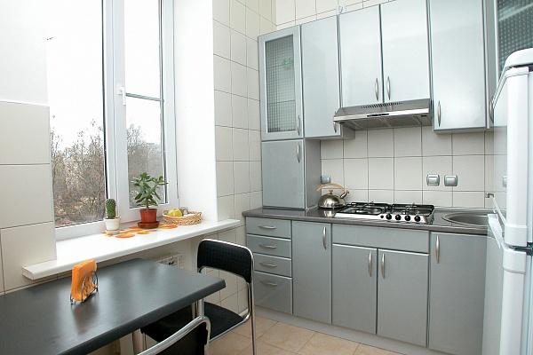 3-комнатная квартира посуточно в Херсоне. Суворовский район, пл. Свободы, 3. Фото 1