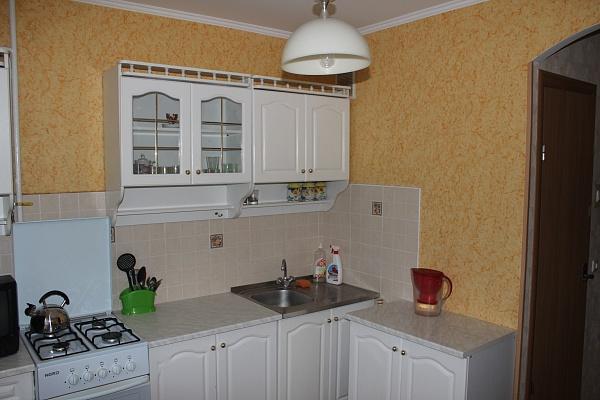 1-комнатная квартира посуточно в Ровно. ул. Князя Владимира, 37. Фото 1