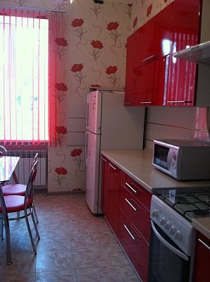 2-комнатная квартира посуточно в Одессе. Приморский район, ул. Пушкинская, 35. Фото 1