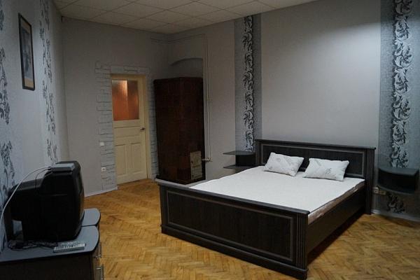 1-комнатная квартира посуточно в Львове. Галицкий район, ул. Гоголя, 7. Фото 1