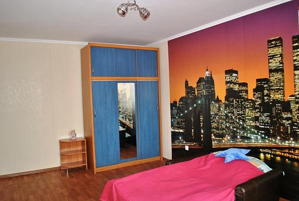2-комнатная квартира посуточно в Миргороде. ул. Старосветская, 47. Фото 1