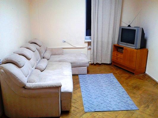 2-комнатная квартира посуточно в Киеве. Печерский район, пер. Лаврский, 7А. Фото 1