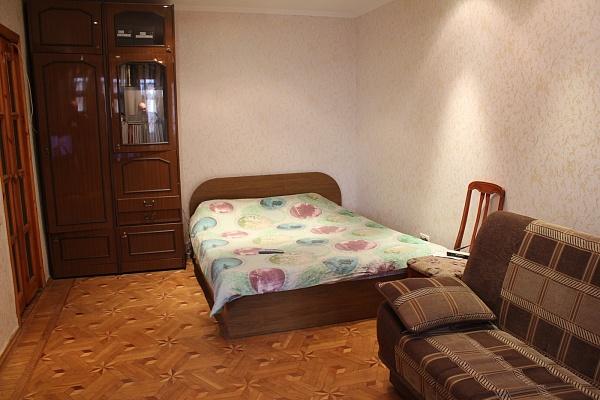 1-комнатная квартира посуточно в Одессе. Киевский район, ул. Королева, 88. Фото 1