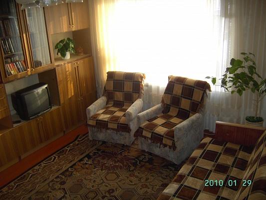 1-комнатная квартира посуточно в Хмельницком. ул. Заречанская, 20/1. Фото 1