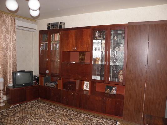 1-комнатная квартира посуточно в Южном. ул. Ленина, 21. Фото 1