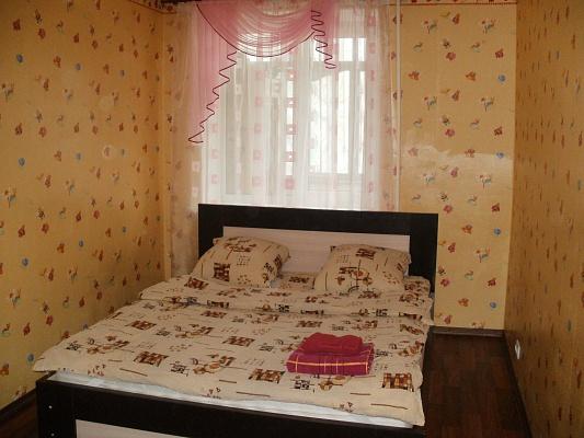 2-комнатная квартира посуточно в Полтаве. Киевский район, пер. Заячий, 1. Фото 1