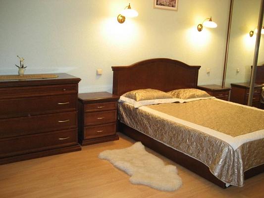 2-комнатная квартира посуточно в Киеве. Печерский район, бул. Леси Украинки, 8. Фото 1