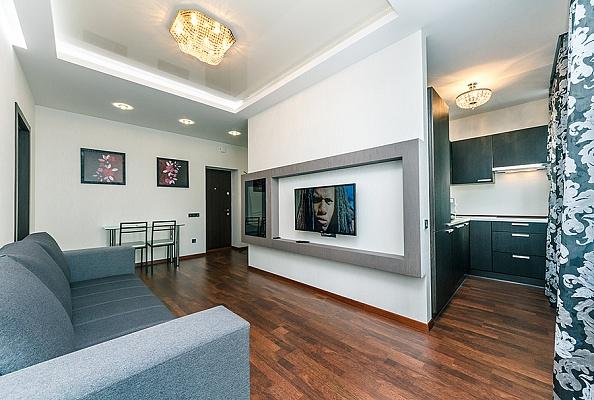2-комнатная квартира посуточно в Киеве. Печерский район, ул. Бассейная, 10. Фото 1