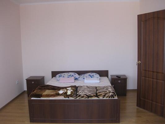 1-комнатная квартира посуточно в Мукачево. ул. Береговская, 3а. Фото 1