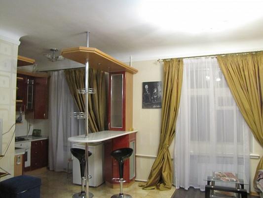1-комнатная квартира посуточно в Николаеве. Центральный район, ул. Набережная, 5. Фото 1