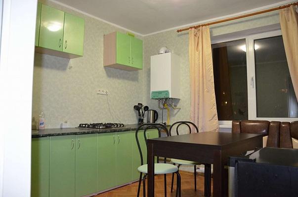 1-комнатная квартира посуточно в Днепропетровске. Бабушкинский район, ул. Юных Ленинцев, 24. Фото 1