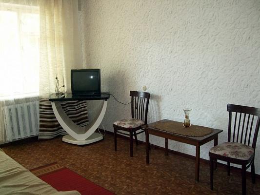1-комнатная квартира посуточно в Южном. пр-т Григорьевского Десанта, 22а. Фото 1