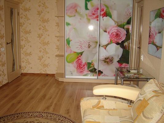 1-комнатная квартира посуточно в Алуште. ул. Ялтинская, 3. Фото 1