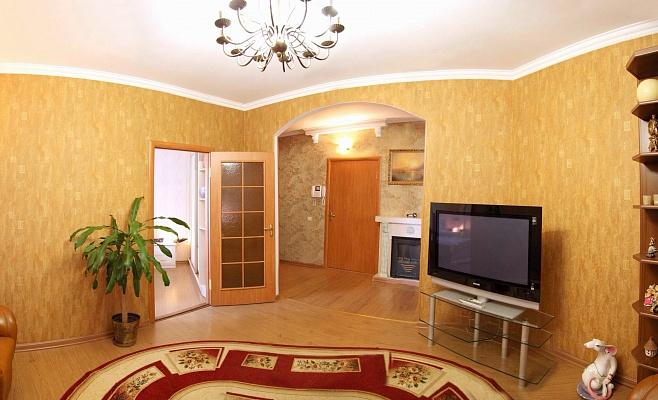 2-комнатная квартира посуточно в Николаеве. Центральный район, пр-т Ленина, 69. Фото 1