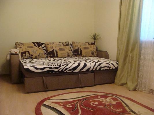2-комнатная квартира посуточно в Алуште. Хромых, 19. Фото 1