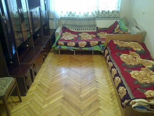 1-комнатная квартира посуточно в Симферополе. Железнодорожный район, ул. Семашко. Фото 1