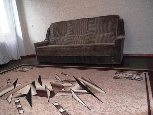 1-комнатная квартира посуточно в Северодонецке. ул. Гагарина, 117. Фото 1