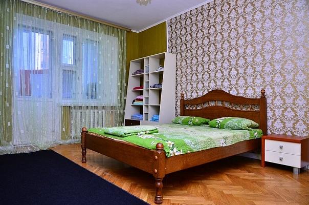 3-комнатная квартира посуточно в Киеве. Шевченковский район, ул. Гончара, 62. Фото 1