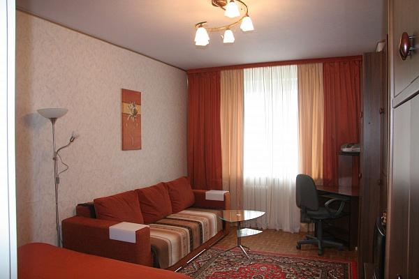 1-комнатная квартира посуточно в Киеве. Дарницкий район, пр-т Григоренка, 15. Фото 1