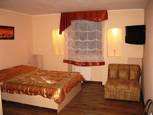 1-комнатная квартира посуточно в Евпатории. ул. Просмушкиных, 11. Фото 1