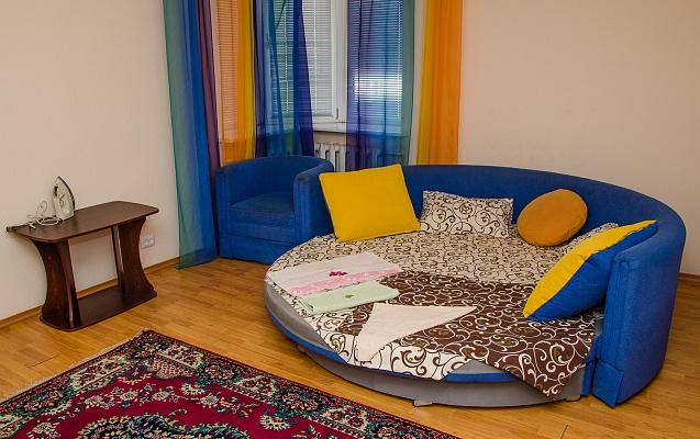 1-комнатная квартира посуточно в Сумах. Заречный район, ул. Харьковская, 43. Фото 1