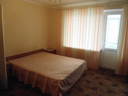 1-комнатная квартира посуточно в Алупке. Дзержинского, 19. Фото 1
