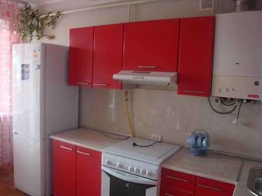 1-комнатная квартира посуточно в Ильичёвске. Пригород район, ул. Парковая, 48. Фото 1
