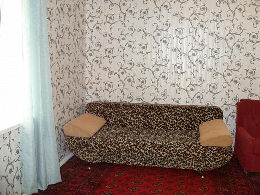 1-комнатная квартира посуточно в Одессе. Киевский район, ул. И. Франко, 45. Фото 1