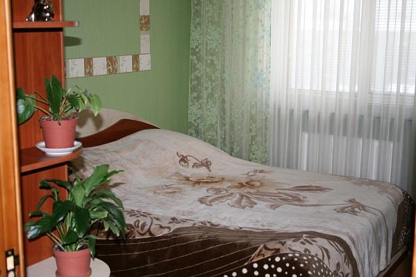 1-комнатная квартира посуточно в Житомире. ул. Киевская, 72. Фото 1