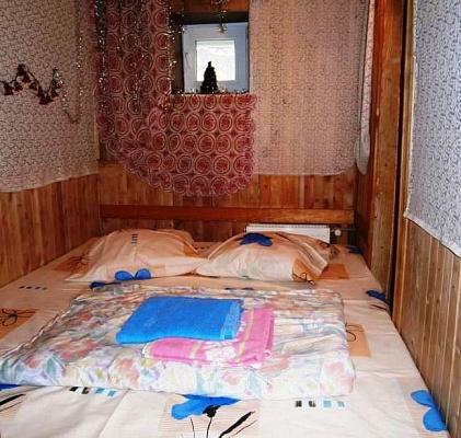 2-комнатная квартира посуточно в Киеве. Подольский район, ул.Абрикосовая, 8. Фото 1