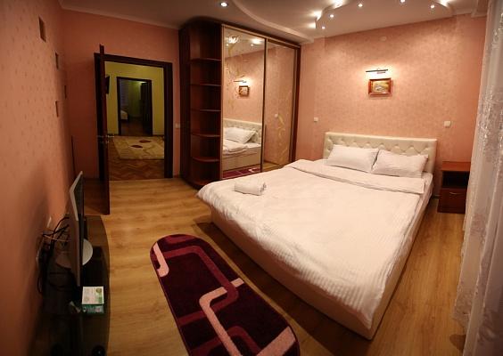 2-комнатная квартира посуточно в Львове. Франковский район, ул. Японская, 8. Фото 1