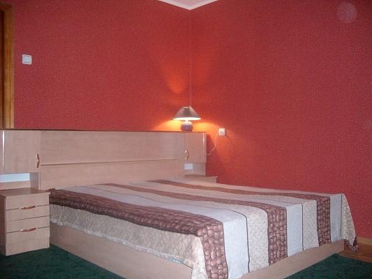 1-комнатная квартира посуточно в Ровно. ул. Клима Савура, 14. Фото 1