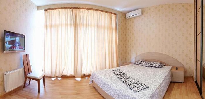 3-комнатная квартира посуточно в Одессе. Приморский район, Гагаринское Плато, 5/3. Фото 1