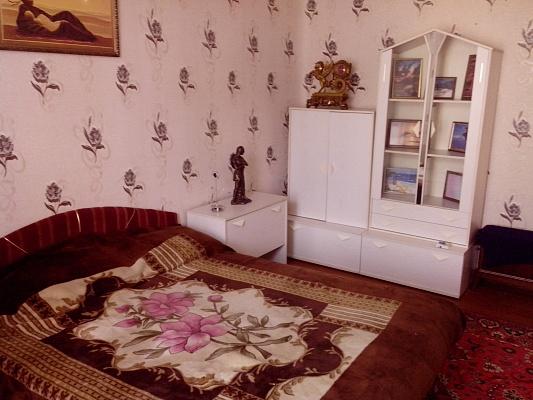 2-комнатная квартира посуточно в Горловке. ул. Ткаченко, 1. Фото 1