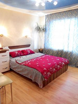 2-комнатная квартира посуточно в Славянске. пер. Виноградный, 7. Фото 1