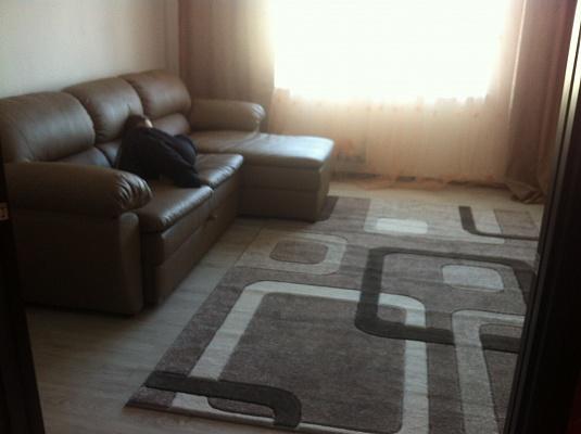 2-комнатная квартира посуточно в Затоке. мкр. Радужный, 1. Фото 1