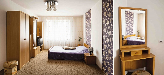 1-комнатная квартира посуточно в Луцке. ул. Кравчука, 44. Фото 1