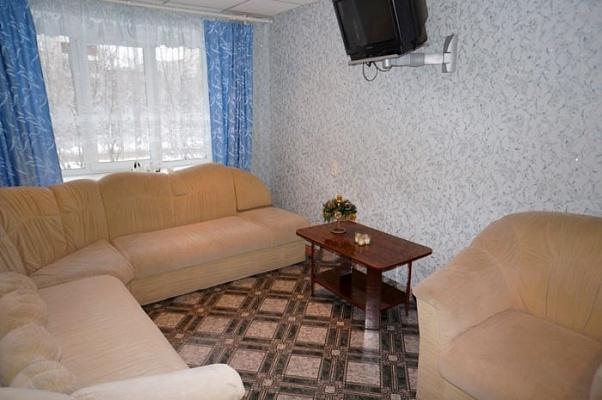 2-комнатная квартира посуточно в Керчи. ул. Юннатов, 6. Фото 1