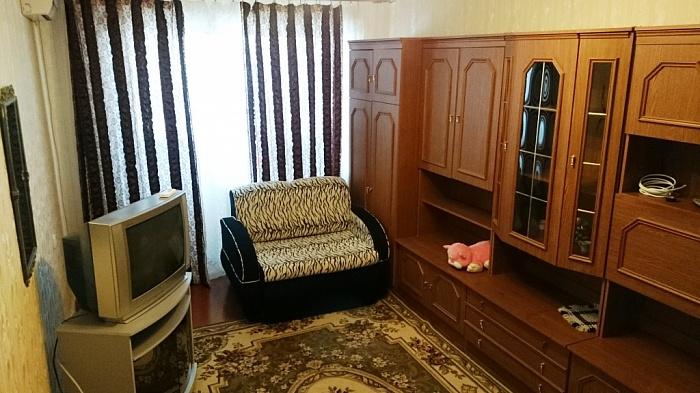 1-комнатная квартира посуточно в Феодосии. ул. Галерейная, 19-2. Фото 1