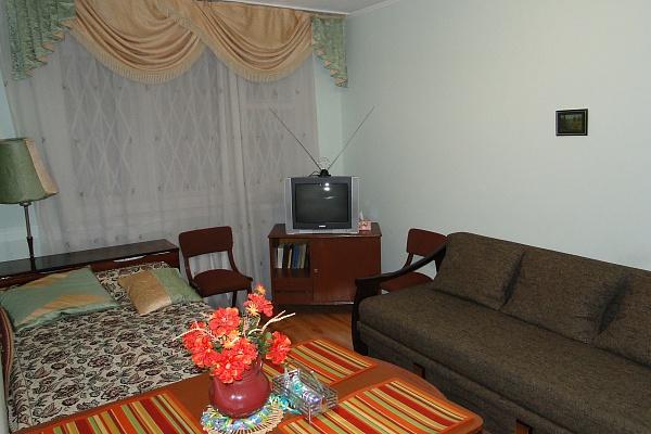 1-комнатная квартира посуточно в Львове. Лычаковский район, ул. Самойленка , 36. Фото 1