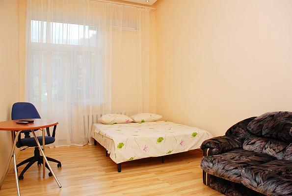 1-комнатная квартира посуточно в Киеве. Подольский район, ул. Ярославская, 26. Фото 1