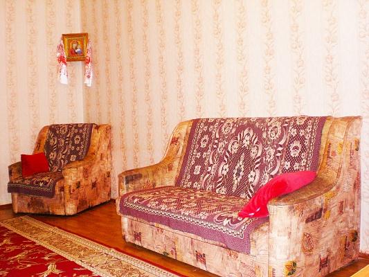 1-комнатная квартира посуточно в Феодосии. Луначарского, 1. Фото 1