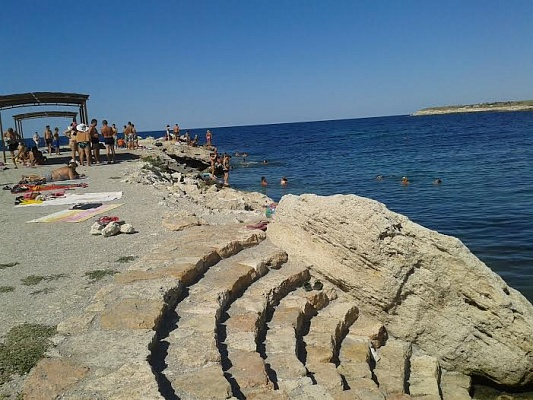Мини-отель  посуточно в Черноморском. Кипарис, 2. Фото 1