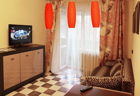2-комнатная квартира посуточно в Одессе. Приморский район, ул. Черняховского, 20 Б. Фото 1