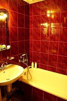 3-комнатная квартира посуточно в Ивано-Франковске. Івана Павла ІІ, 8. Фото 1