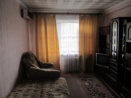 1-комнатная квартира посуточно в Алчевске. пр-т Ленина, 29а. Фото 1