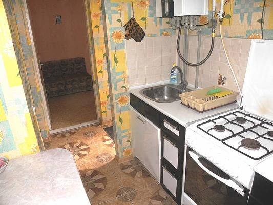 3-комнатная квартира посуточно в Евпатории. ул. Горького, 7. Фото 1