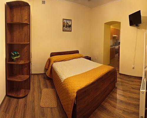 1-комнатная квартира посуточно в Львове. Галицкий район, Куліша, 22. Фото 1