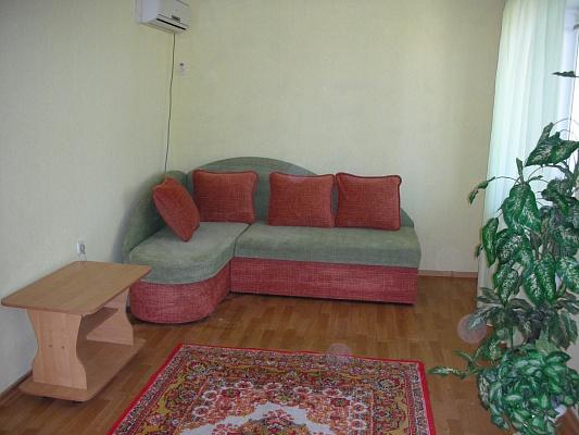1-комнатная квартира посуточно в Николаеве. Заводской район, пр-т Ленина, 4а. Фото 1