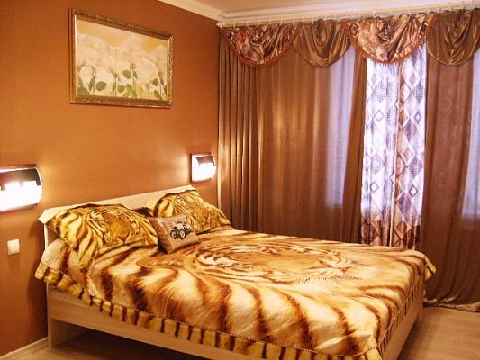 2-комнатная квартира посуточно в Сумах. Заречный район, ул. Харьковская, 22. Фото 1